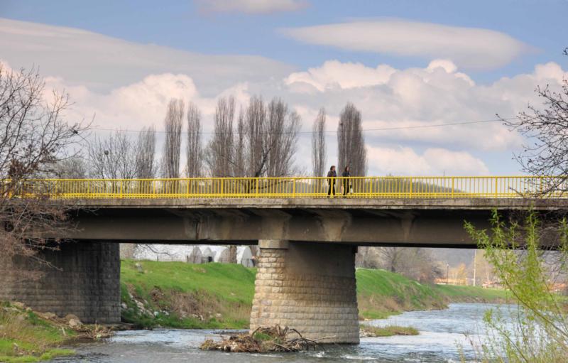 Бетонски мост на излазу из Књажевца у правцу Зајечара