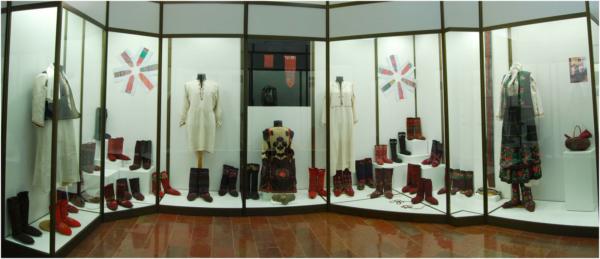 Део поставке Завичајног музеја - збирка двопређних чарапа