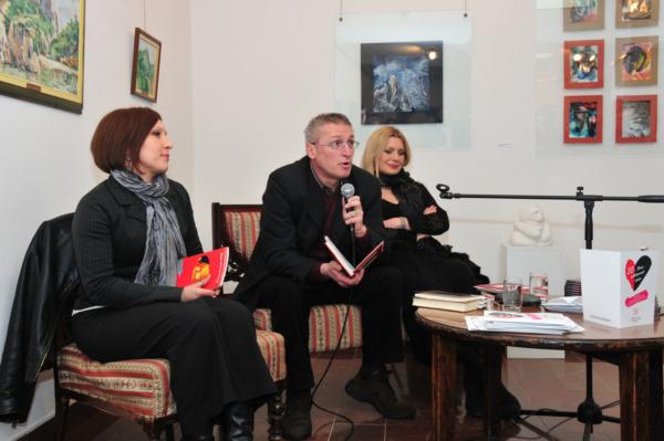 Гости Вечери отвореног срца - песник Драган Јовановић Данилов и глумица Андријана Виденовић (2011)